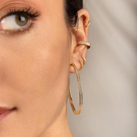 vente en gros bijoux micro-incrusté zircon rond mode grandes boucles d'oreilles Nihaojewelry NHUW384877's discount tags