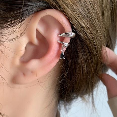 wholesale bijoux brillant asymétrique goutte d'eau zircon gland cuivre clip d'oreille nihaojewelry NHMS384926's discount tags