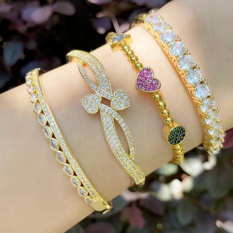 Vente en gros bijoux zircon géométrique creux ouvert bracelet en cuivre Nihaojewelry NHAS385331's discount tags