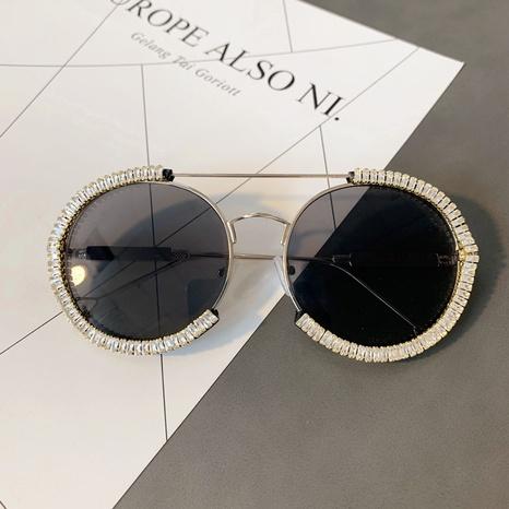 Vente en gros lunettes de soleil à monture ronde incrustée de pierres précieuses nihaojewelry NHMSG385869's discount tags
