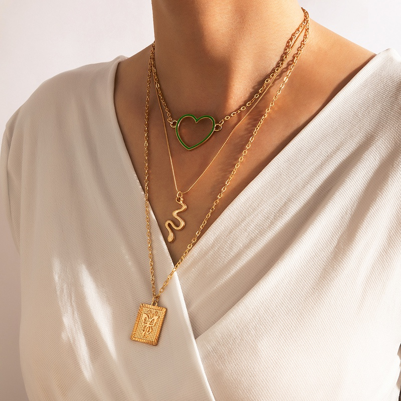 Nihaojewelry Wholesale Jewelry Fashion Square Butterfly Green Hollow heart Snake Pendant Necklace NHGY387083