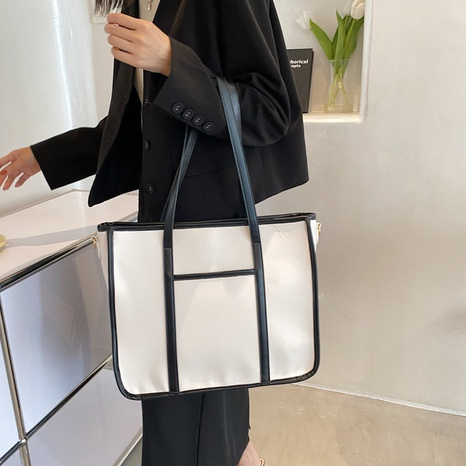 wholesale simple solid color large-capacity handbags Nihaojewelry  NHWH386114's discount tags