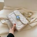 Nihaojewelry wholesale fashion braided chain rhombus lock messenger small square bag NHAV386200