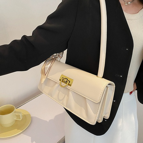 Nihaojewelry wholesale simple silk decoration metal buckle small square bag  NHAV386205's discount tags