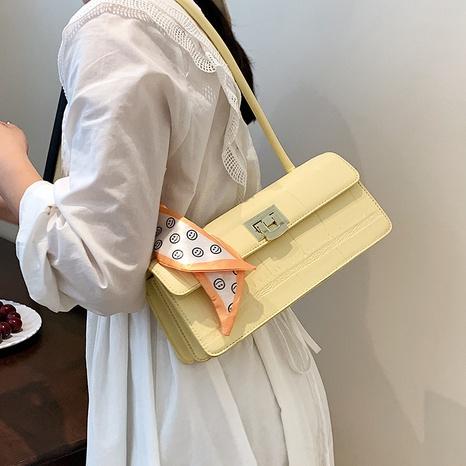 Nihaojewelry wholesale fashion silk metal buckle one-shoulder underarm bag  NHAV386209's discount tags