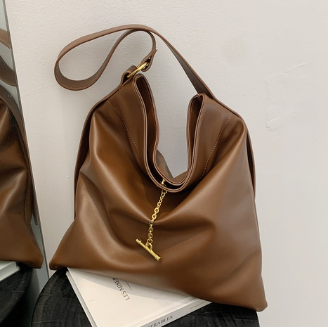 wholesale retro large-capacity solid color soft shoulder bag Nihaojewelry NHLH386242's discount tags