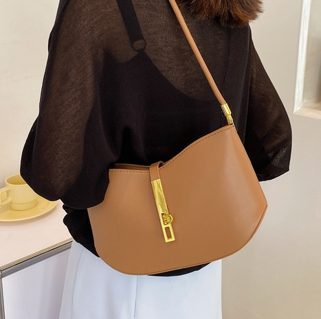wholesale solid color half moon shoulder bag Nihaojewelry NHLH386246's discount tags