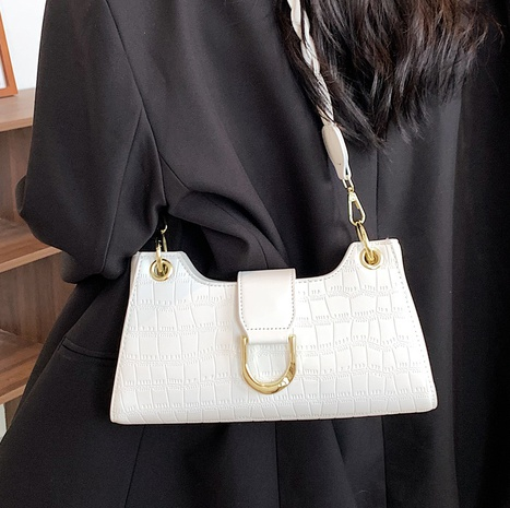 wholesale solid color crocodile pattern underarm square bag Nihaojewelry NHLH386326's discount tags