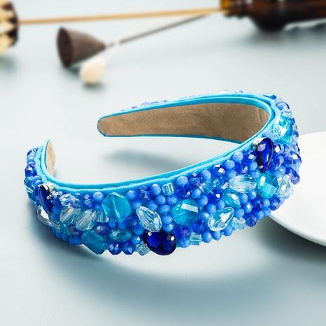 Nihaojewelry wholesale jewelry retro inlaid white crystal glass diamond headband NHLN386927's discount tags