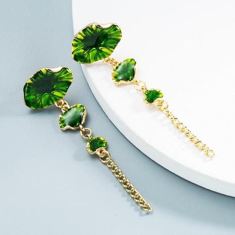 Großhandel Schmuck lange tropfende grüne Lotusblatt Ohrringe Nihaojewelry NHLN387239's discount tags
