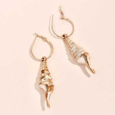 Nihaojewelry Großhandel Schmuck Mode geometrische lange Muschellegierung Ohrringe NHYAO387552's discount tags