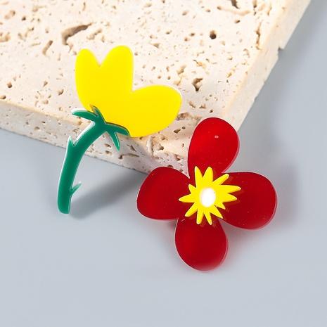 Nihaojewelry wholesale jewelry fashion alloy resin flower asymmetric stud earrings NHJE387681's discount tags