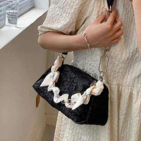Nihaojewelry venta al por mayor bolsa de axila con un solo hombro con cadena de cuerda de seda NHLH388483's discount tags