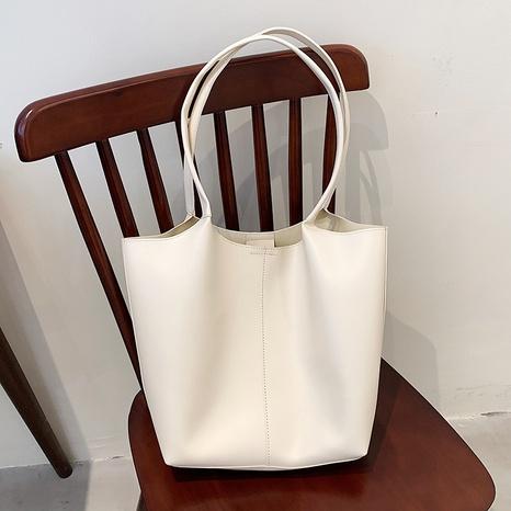 wholesale bolso de un solo hombro de gran capacidad suave de color sólido Nihaojewelry NHAV388759's discount tags
