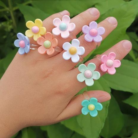 Al por mayor joyería flor anillo de resina bicolor Nihaojewelry NHYIA389771's discount tags