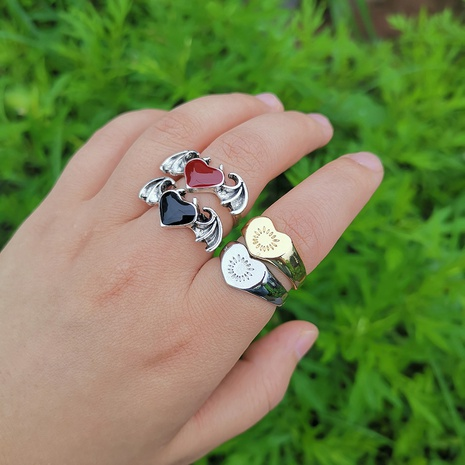 Al por mayor anillo de alas de corazón de metal de joyería Nihaojewelry NHYIA389776's discount tags