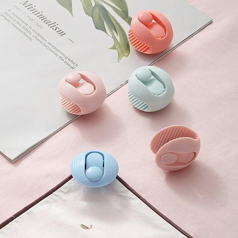 Großhandel einfarbige Schalenformblattabdeckung Quiltschnalle Nihaojewelry NHYUE389972's discount tags