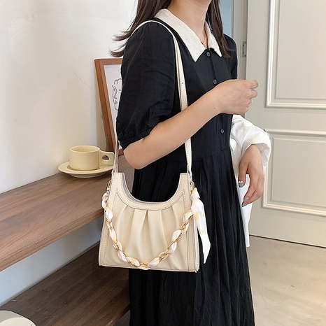 wholesale large capacity single-shoulder fold cloud bag nihaojewelry  NHLH390470's discount tags
