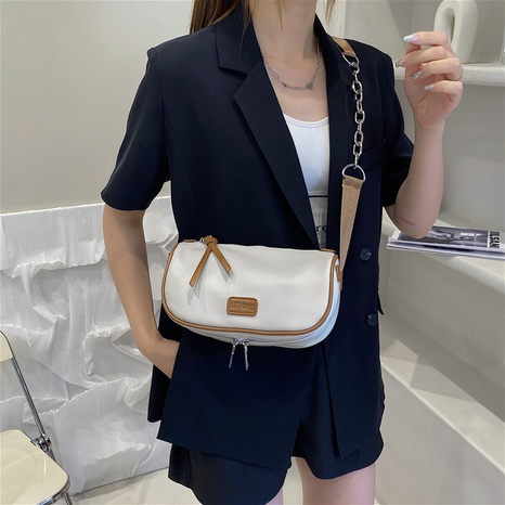 wholesale casual hit color messenger small square bag nihaojewelry  NHLH390481's discount tags