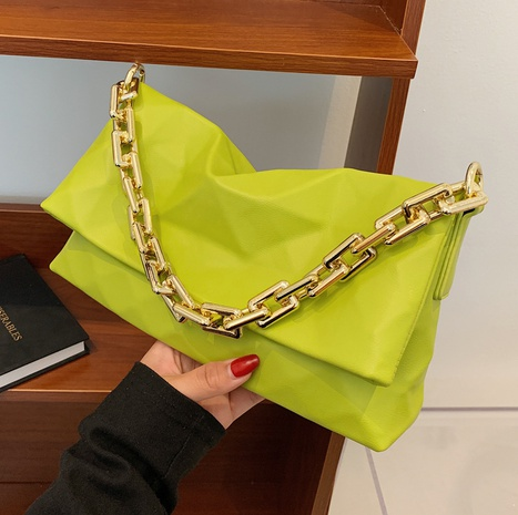 wholesale solid color geometric pattern thick chain messenger underarm bag nihaojewelry  NHGA390539's discount tags