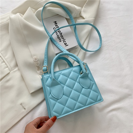 wholesale rhumbus pattern portable messenger small square bag nihaojewelry  NHXC390588's discount tags