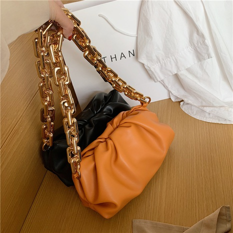 wholesale solid color thick chain one-shoulder underarm cloud bag nihaojewelry  NHTG390594's discount tags