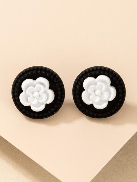 wholesale Korean style creative acrylic geometric white flower earrings Nihaojewelry  NHGY391579's discount tags