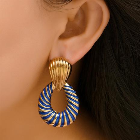 Großhandel Schmuck Mode hohle Streifen Ohrringe Nihaojewelry NHYAO390681's discount tags