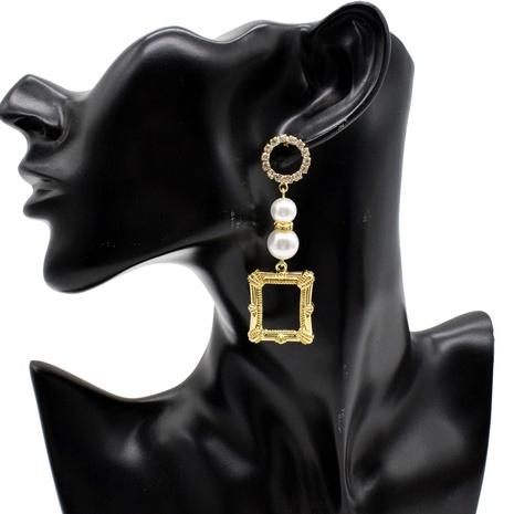 Großhandel Schmuck lange quadratische Perlen geometrische Anhänger Ohrringe Nihaojewelry NHNT391074's discount tags