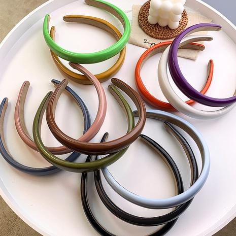 Klassisches einfarbiges Stirnband aus Leder Großhandel Nihaojewelry NHMS391106's discount tags