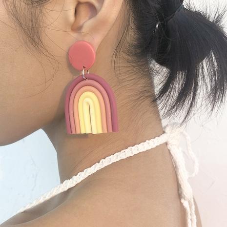Großhandel Schmuckfarbe weiche Keramik U-förmige Ohrringe Nihaojewelry NHMD391380's discount tags