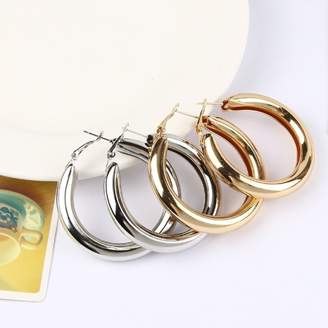 thick round metal fashion earrings wholesale jewelry Nihaojewelry NHHER391725's discount tags
