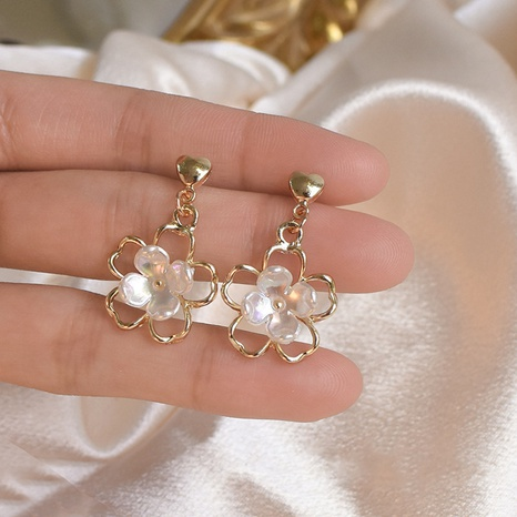 wholesale jewelry retro three-dimensional white flower earrings Nihaojewelry NHPF392148's discount tags