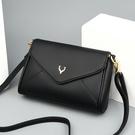 NHAV1821532-Burgundy-+-Kangaroo-Handbag-Card-Bag-Sachet