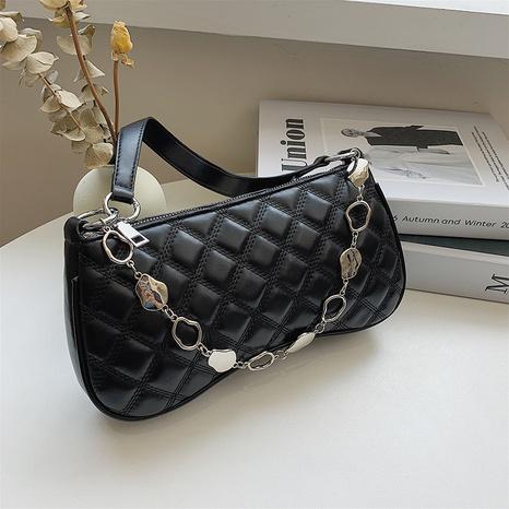 wholesale mode nouveau sac à aisselles chaîne losange fil à broder Nihaojewelry NHTG392595's discount tags