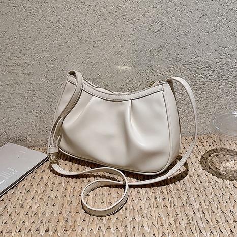 sac sous les bras à une épaule à texture simple en gros Nihaojewelry NHGN392840's discount tags