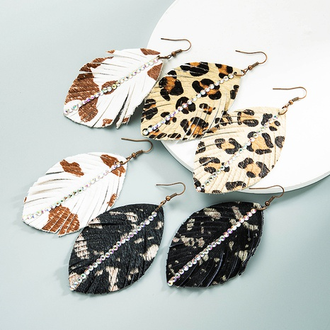 wholesale Bohemia leather print leopard leaf shape earrings Nihaojewelry  NHLN392948's discount tags