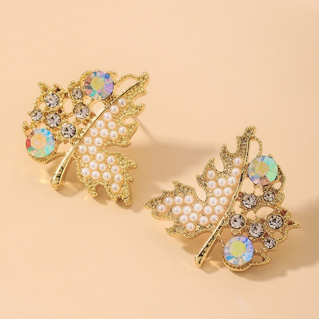 Wholesale Jewelry Retro Rhinestone Pearl Maple Leaf Earrings Nihaojewelry NHNJ393043's discount tags
