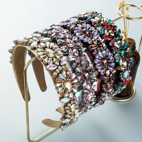 Großhandel barocke breitkrempige Strass-Stirnband Nihaojewelry NHLN393691's discount tags