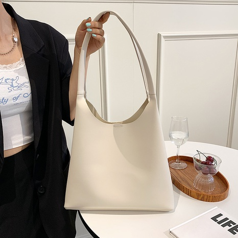 wholesale  solid color large capacity bucket shoulder bag Nihaojewelry NHJZ377892's discount tags