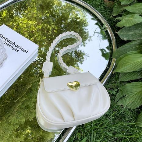 Nihaojewelry vente en gros nouveau sac à bandoulière à une épaule avec serrure cardiaque NHAV378005's discount tags
