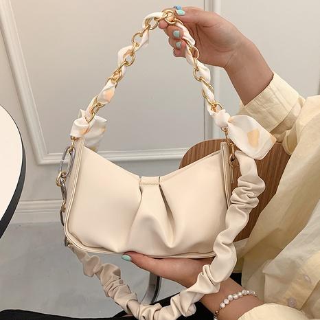 Vente en gros sac de messager plié foulard en soie arc Nihaojewelry NHAV378011's discount tags