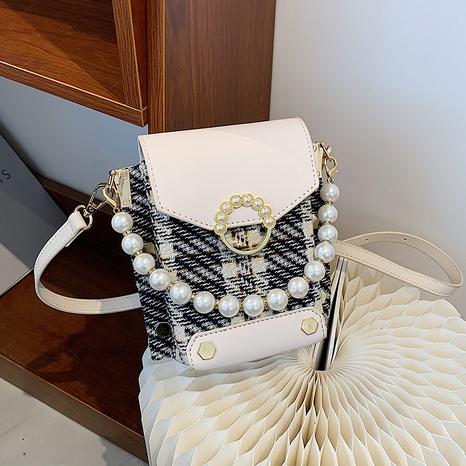 vente en gros sac de messager carré en tissu à carreaux avec chaîne de perles Nihaojewelry NHAV378026's discount tags