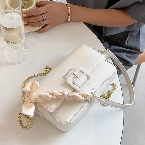 vente en gros sac carré messager écharpe en soie noeud de couleur unie Nihaojewelry NHAV378032's discount tags