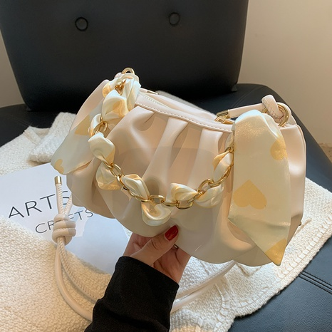 vente en gros sac de messager nuage foulard en soie noeud de couleur unie Nihaojewelry NHAV378033's discount tags