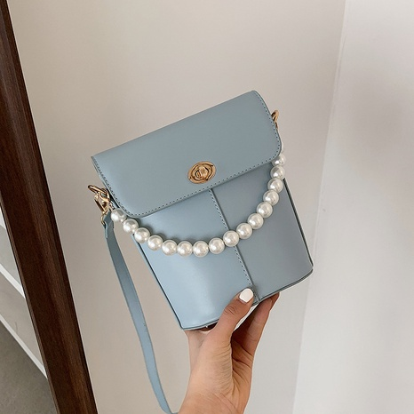 wholesal candy color pearl messenger bucket bag Nihaojewelry NHGN394840's discount tags