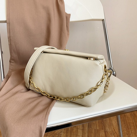 popular solid color chain shoulder casual messenger square bag wholesale nihaojewelry NHGN394854's discount tags