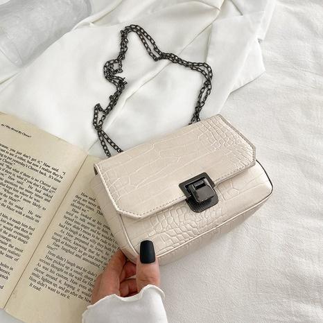 koreanische mode muster kette diagonal einschulter quadrat tasche großhandel nihaojewelry NHRU395033's discount tags