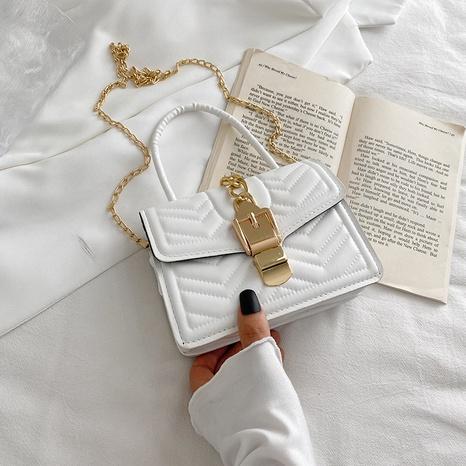 Koreanische karierte Schlosskette kleine quadratische Kette eine Umhängetasche Großhandel nihaojewelry NHRU395058's discount tags