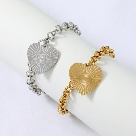 Bracelet en acier inoxydable en forme de coeur de mode Nihaojewelry Bijoux en gros NHYUN378313's discount tags